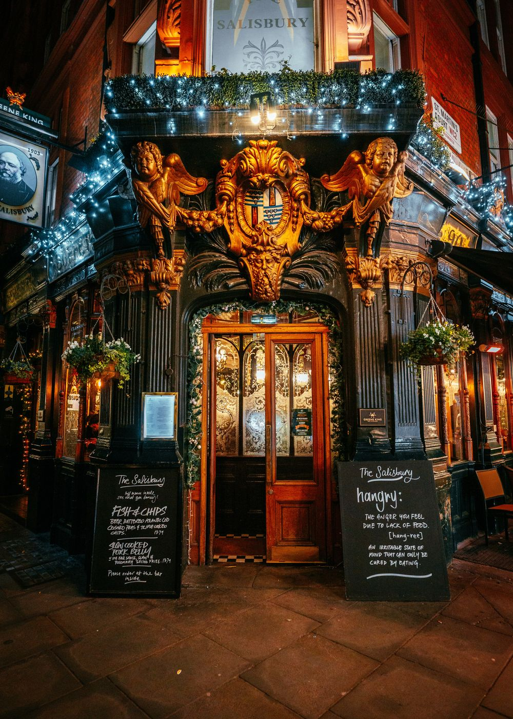 Pub with a wonderful Victorian interior